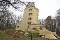 La Tour Einstein de Potsdam, observatoire et laboratoire d'architecture expressionniste