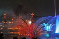 BraviSEAmo laisse sa place à Fantasmic à Tokyo Disney Sea