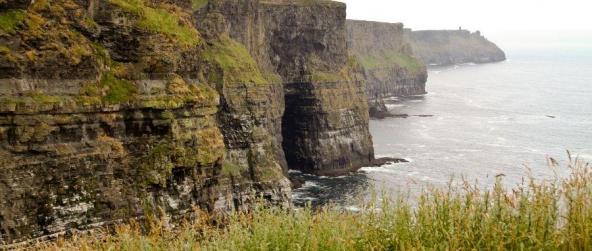 Falaises de Moher – quand l'Irlande plonge de 214 mètres dans l'Atlantique