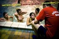 Pudisme au vestiaire dans les piscines scandinaves!