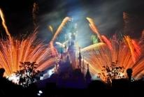 Les Feux Enchantés (Enchanted Fireworks) illuminent les nuits estivales de Disneyland