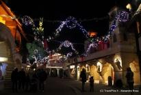 Gaulois, romains et vikings signent la trêve de Noël au Parc Astérix