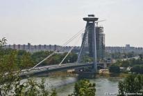 Nový Most, le Pont Neuf de Bratislava à forme d'OVNI