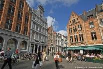Bruges, son beffroi et son centre historique médiéval de briques