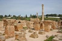 Carthage – les ruines d'une ville phénicienne puis romaine dispersées dans une banlieue hupée