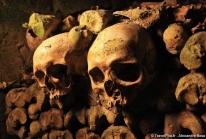 Catacombes de Paris – un ossuaire devenu œuvre d'art souterraine