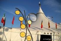 Corteo–le Cirque du Soleil s'installe sous son chapiteau ultra-moderne pour 2 mois à Paris